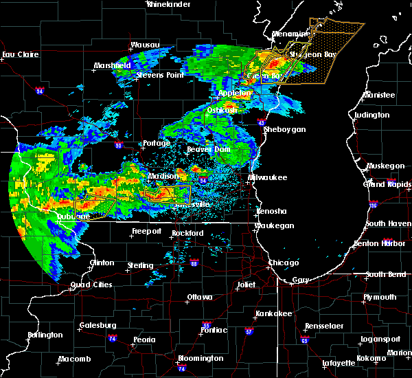 Radar Image for Severe Thunderstorms near Stoughton, WI at 6/16/2017 11:10 PM CDT