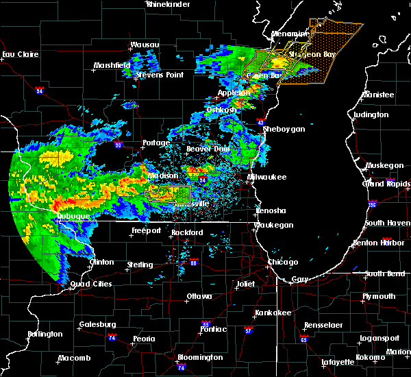 Radar Image for Severe Thunderstorms near Stoughton, WI at 6/16/2017 11:26 PM CDT