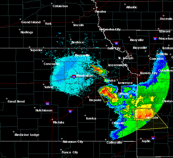 Radar Image for Severe Thunderstorms near Hoyt, KS at 6/17/2017 3:36 AM CDT