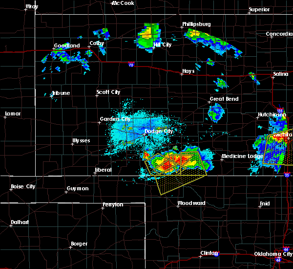 Radar Image for Severe Thunderstorms near Protection, KS at 6/17/2017 9:56 PM CDT