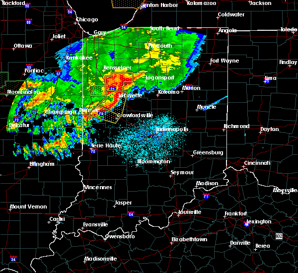 Radar Image for Severe Thunderstorms near Otterbein, IN at 6/18/2017 12:24 AM EDT
