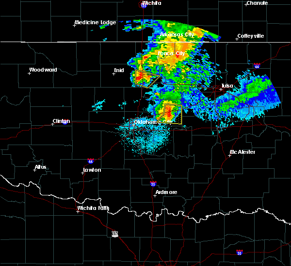 Radar Image for Severe Thunderstorms near Prague, OK at 6/18/2017 5:26 AM CDT