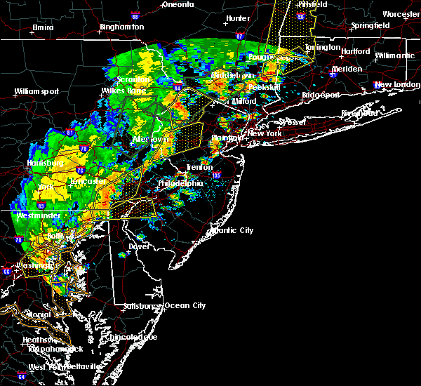 Radar Image for Severe Thunderstorms near Kenvil, NJ at 6/19/2017 4:19 PM EDT