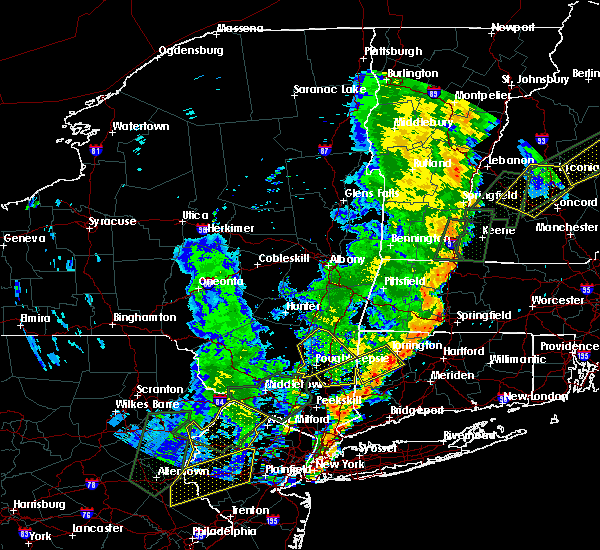 Radar Image for Severe Thunderstorms near Holyoke, MA at 6/19/2017 5:12 PM EDT