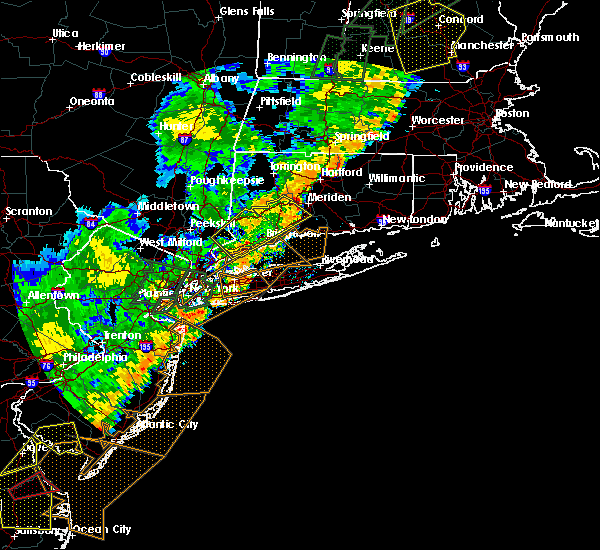 Radar Image for Severe Thunderstorms near Cheshire Village, CT at 6/19/2017 6:26 PM EDT