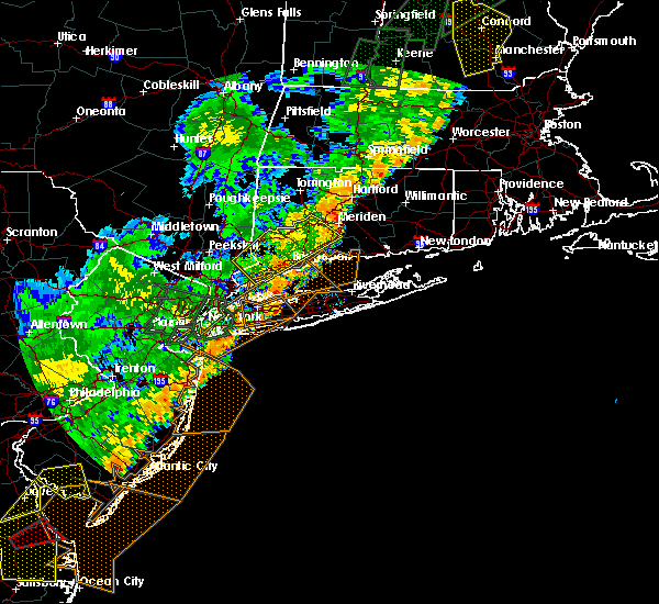 Radar Image for Severe Thunderstorms near Cheshire Village, CT at 6/19/2017 6:27 PM EDT