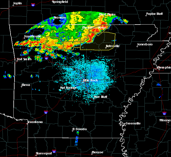 Radar Image for Severe Thunderstorms near Melbourne, AR at 6/23/2017 2:52 PM CDT