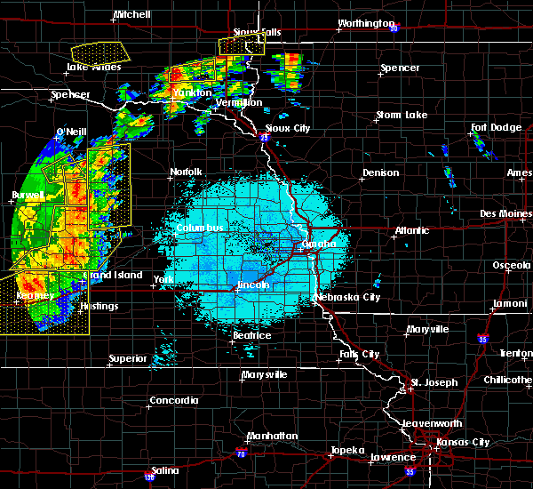 Radar Image for Severe Thunderstorms near St. Edward, NE at 6/27/2017 11:08 PM CDT