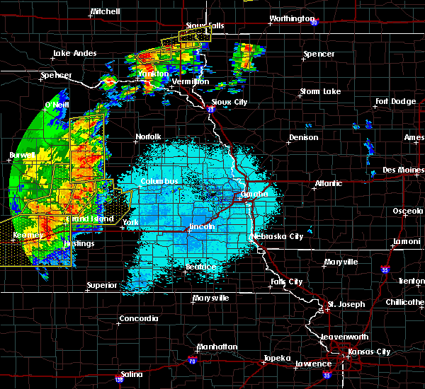 Radar Image for Severe Thunderstorms near St. Edward, NE at 6/27/2017 11:26 PM CDT