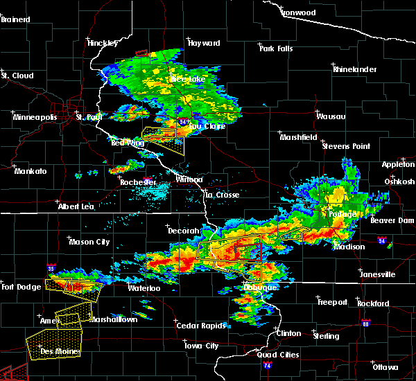 Radar Image for Severe Thunderstorms near Fennimore, WI at 6/28/2017 5:43 PM CDT