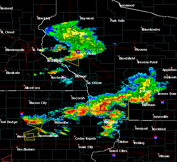 Radar Image for Severe Thunderstorms near Fennimore, WI at 6/28/2017 5:53 PM CDT