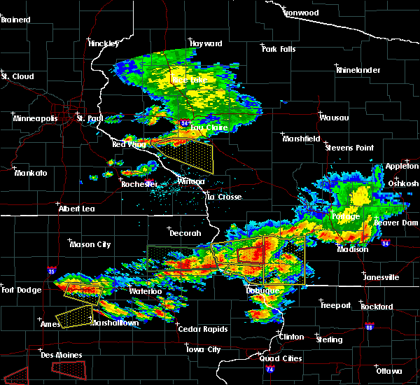 Radar Image for Severe Thunderstorms near Arcadia, WI at 6/28/2017 6:02 PM CDT