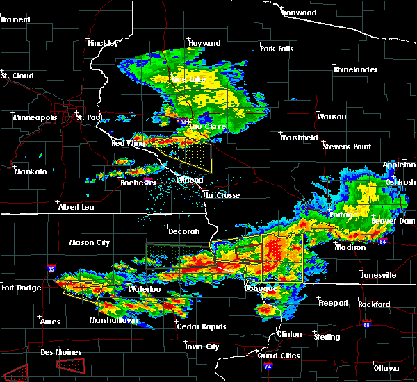 Radar Image for Severe Thunderstorms near Fennimore, WI at 6/28/2017 6:14 PM CDT