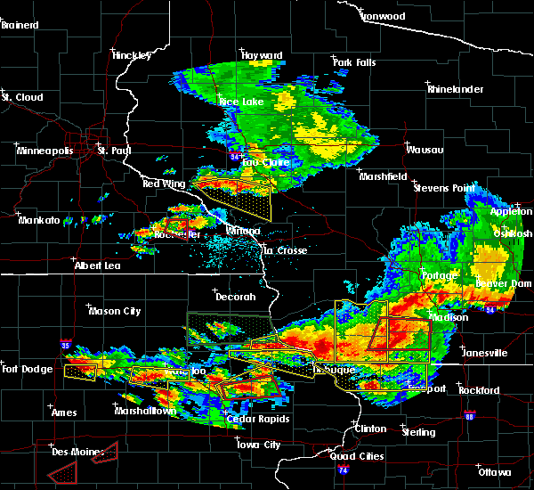 Radar Image for Severe Thunderstorms near Arcadia, WI at 6/28/2017 6:43 PM CDT