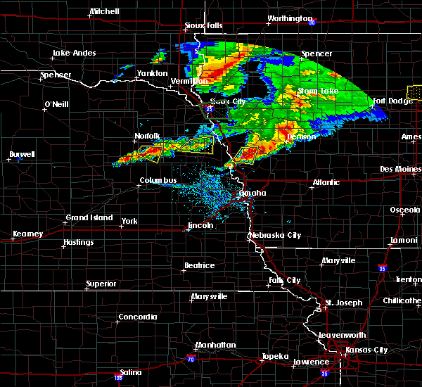 Radar Image for Severe Thunderstorms near Moorhead, IA at 6/29/2017 7:05 PM CDT