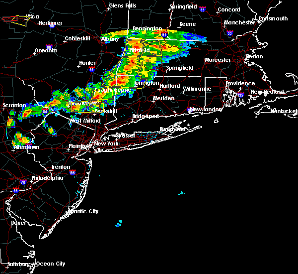 Radar Image for Severe Thunderstorms near New Windsor, NY at 6/30/2017 5:08 PM EDT