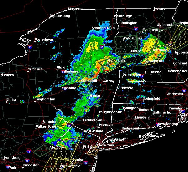 Radar Image for Severe Thunderstorms near Salem, NY at 7/1/2017 5:37 PM EDT