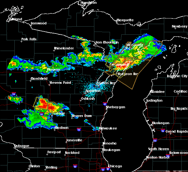 Radar Image for Severe Thunderstorms near Sturgeon Bay, WI at 7/6/2017 9:44 PM CDT