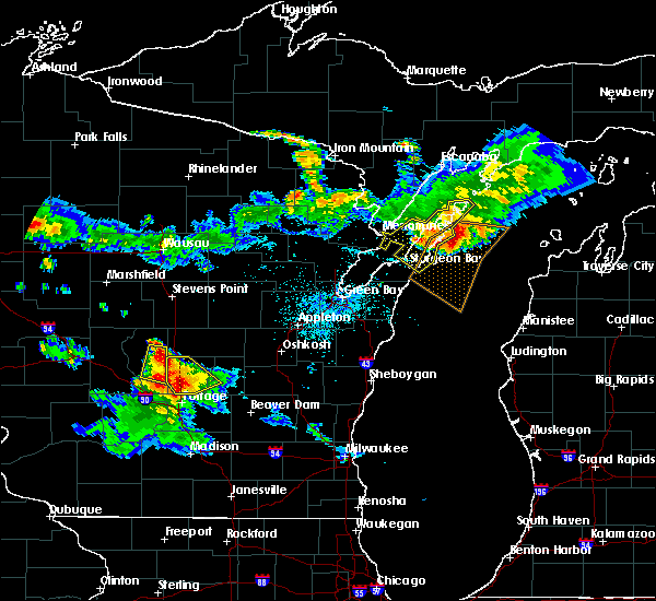 Radar Image for Severe Thunderstorms near Sturgeon Bay, WI at 7/6/2017 9:59 PM CDT