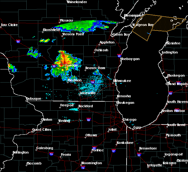 Radar Image for Severe Thunderstorms near Endeavor, WI at 7/6/2017 10:12 PM CDT