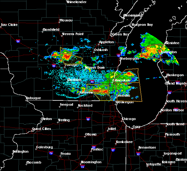 Radar Image for Severe Thunderstorms near Rochester, WI at 7/7/2017 12:30 AM CDT