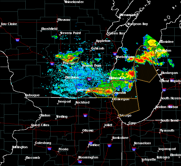 Radar Image for Severe Thunderstorms near Rochester, WI at 7/7/2017 12:49 AM CDT