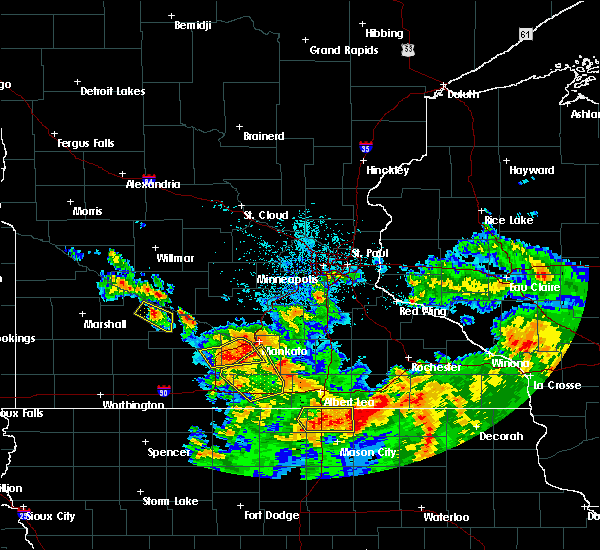 Radar Image for Severe Thunderstorms near Good Thunder, MN at 7/10/2017 12:08 AM CDT