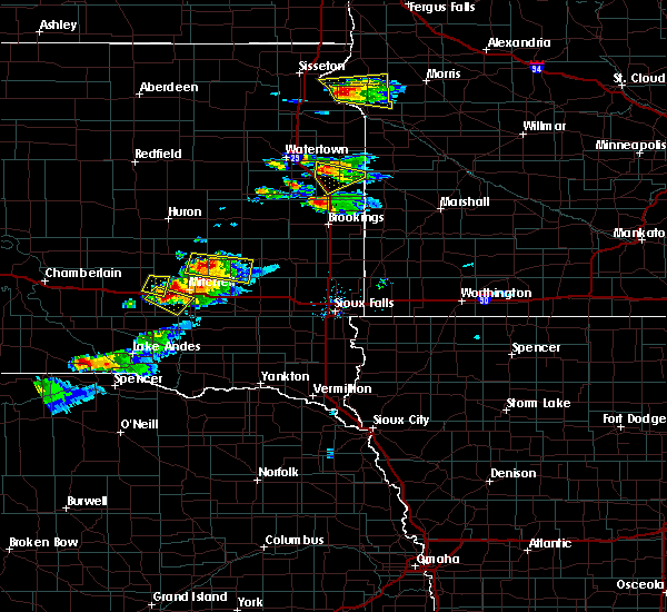 Radar Image for Severe Thunderstorms near Clear Lake, SD at 7/11/2017 8:44 PM CDT