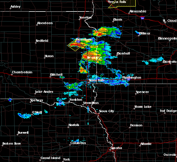 Radar Image for Severe Thunderstorms near Brookings, SD at 7/11/2017 10:46 PM CDT