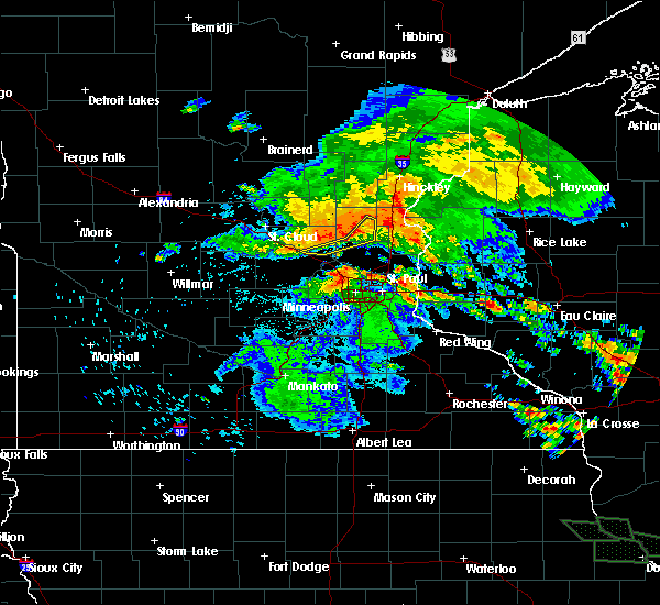 Radar Image for Severe Thunderstorms near St. Francis, MN at 7/12/2017 2:15 AM CDT