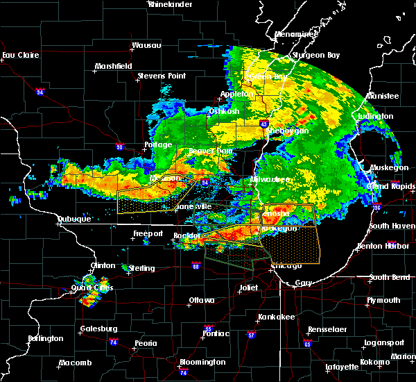 Radar Image for Severe Thunderstorms near Round Lake, IL at 7/12/2017 7:41 AM CDT