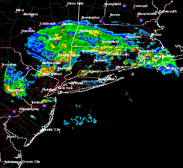 Radar Image for Severe Thunderstorms near Waterbury, CT at 7/13/2017 4:01 PM EDT