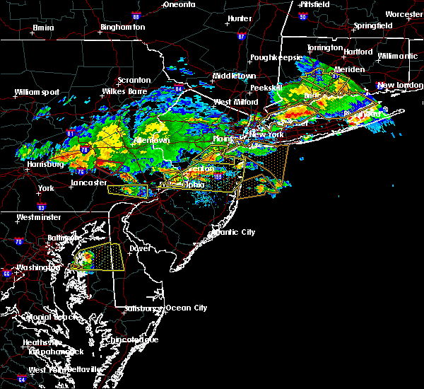 Radar Image for Severe Thunderstorms near Roebling, NJ at 7/13/2017 5:26 PM EDT