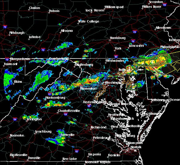 Radar Image for Severe Thunderstorms near Marshall, VA at 7/14/2017 4:01 PM EDT