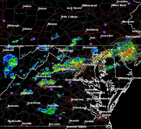 Radar Image for Severe Thunderstorms near Seven Corners, VA at 7/14/2017 4:27 PM EDT