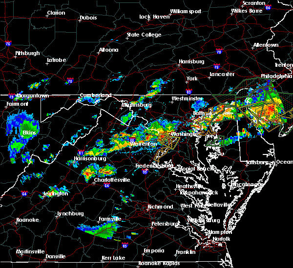 Radar Image for Severe Thunderstorms near Seven Corners, VA at 7/14/2017 4:33 PM EDT