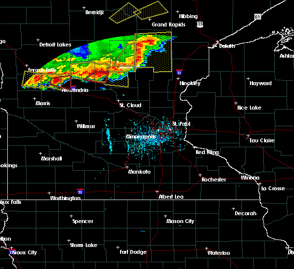 Radar Image for Severe Thunderstorms near Lastrup, MN at 7/17/2017 6:05 PM CDT