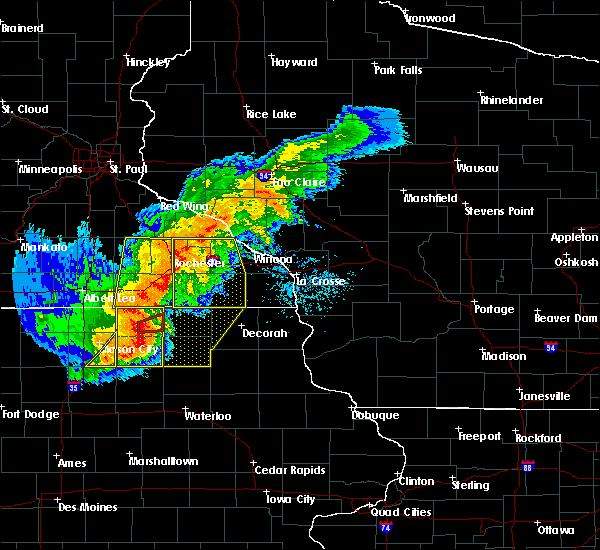 Radar Image for Severe Thunderstorms near Fountain, MN at 7/19/2017 5:09 PM CDT
