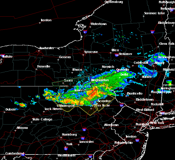 Radar Image for Severe Thunderstorms near Old Forge, PA at 7/20/2017 5:04 PM EDT