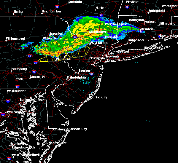 Radar Image for Severe Thunderstorms near Kenvil, NJ at 7/20/2017 6:55 PM EDT
