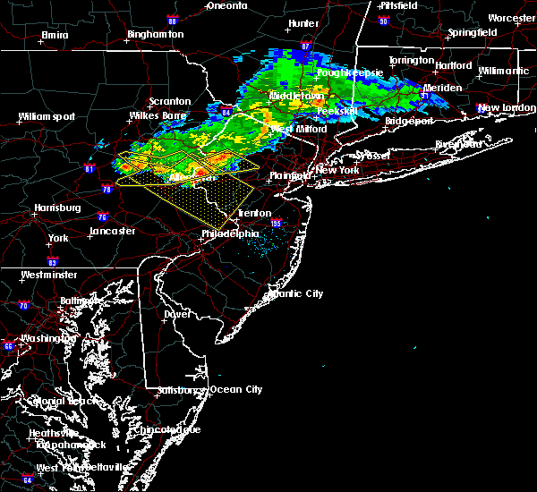 Radar Image for Severe Thunderstorms near Mountain Lake, NJ at 7/20/2017 7:17 PM EDT
