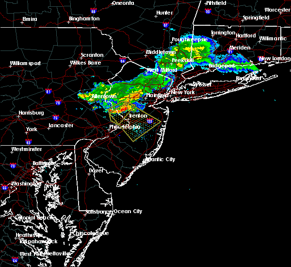Radar Image for Severe Thunderstorms near Roebling, NJ at 7/20/2017 7:57 PM EDT