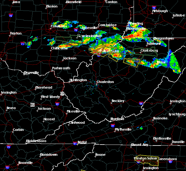 Radar Image for Severe Thunderstorms near Vienna, WV at 7/22/2017 5:34 PM EDT