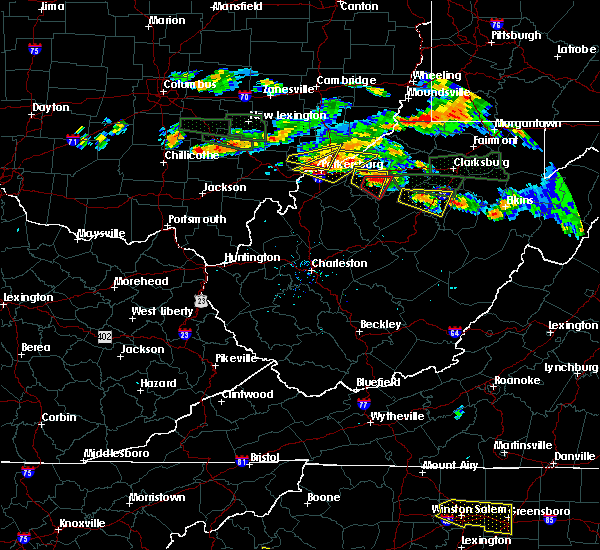 Radar Image for Severe Thunderstorms near Parkersburg, WV at 7/22/2017 5:38 PM EDT