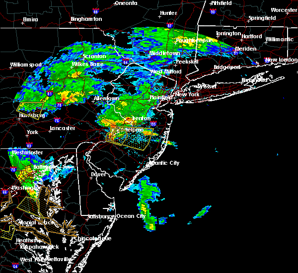 Radar Image for Severe Thunderstorms near Roebling, NJ at 7/22/2017 6:41 PM EDT