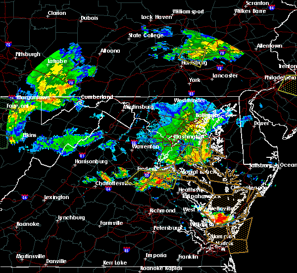 Radar Image for Severe Thunderstorms near Fredericksburg, VA at 7/22/2017 6:55 PM EDT