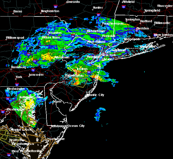 Radar Image for Severe Thunderstorms near Browns Mills, NJ at 7/22/2017 7:16 PM EDT