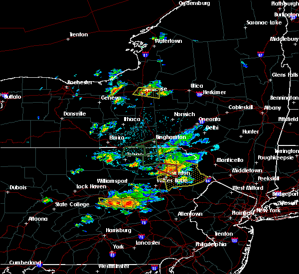 Radar Image for Severe Thunderstorms near Old Forge, PA at 7/24/2017 4:38 PM EDT