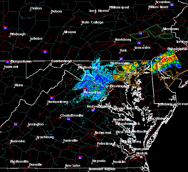 Radar Image for Severe Thunderstorms near Arbutus, MD at 7/24/2017 9:07 PM EDT
