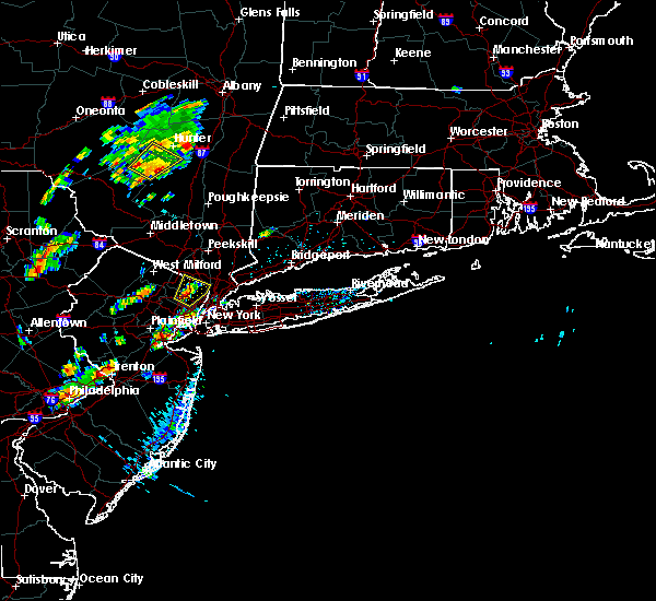 Radar Image for Severe Thunderstorms near Paterson, NJ at 8/2/2017 12:35 PM EDT